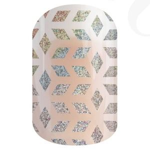 B4G1 Geo Diamond nail wrap